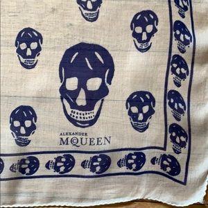 Alexander McQueen Accessories - 🌺 ALEXANDER MCQUEEN Silk Skull 💀 Scarf, Iconic!